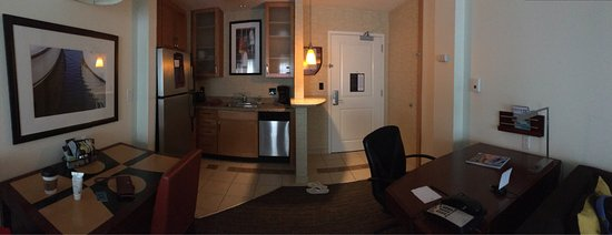 Residence Inn Portland Downtown/Waterfront : Roomy and clean