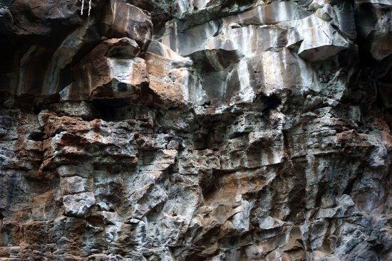Undara Volcanic National Park, Austrália: rock