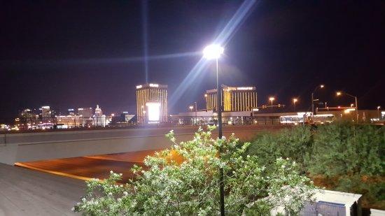 Staybridge Suites Las Vegas: 20170704_001527_large.jpg