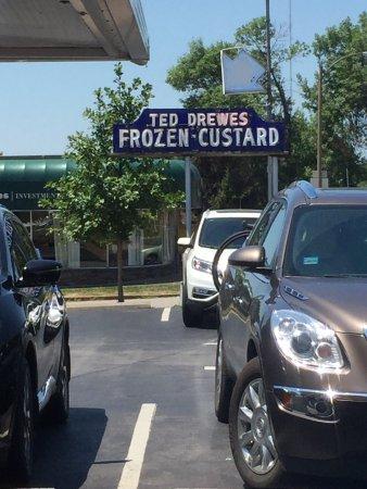 Ted Drewes Frozen Custard: photo0.jpg