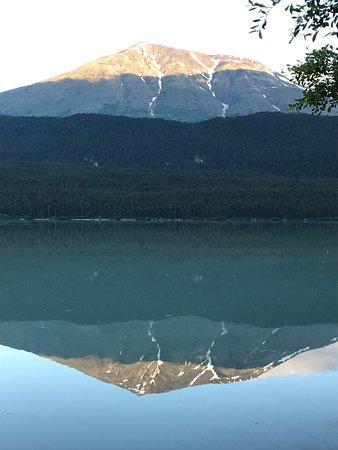 倫夫洛湖濱度假酒店照片