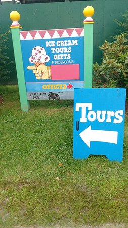 Waterbury, VT: Follow your nose, or the signs