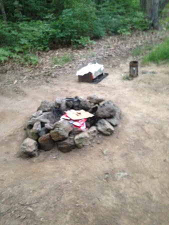 Heavenly Acres Campground: fire pit