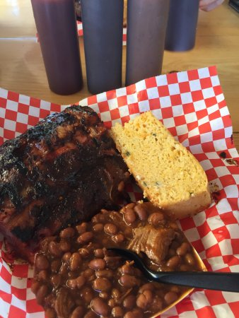 Bobby D's BBQ at the English Kitchen: fantastic ribs, baked beans, and cornbread