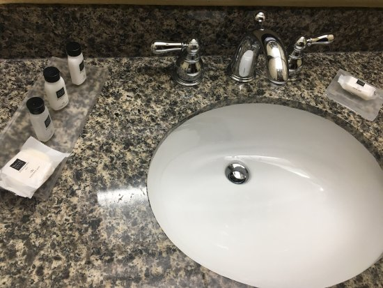 Very clean bathroom picture of country inn suites by for 1300 chesapeake terrace sunnyvale ca 94089