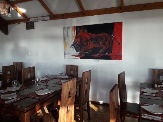 Vista y cuadro del comedor.- - Picture of Entre Costas, Coquimbo ...