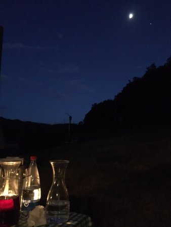 Sant'Angelo in Vado, Italien: This is what you see dining al fresco