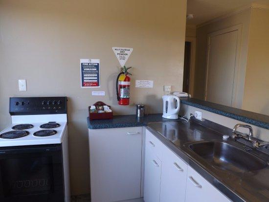 Copperfield Seaside Motel: 2 bedroom family apartment