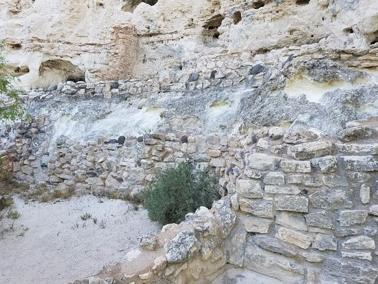 Montezuma Castle National Monument: Some lower level dwellings.