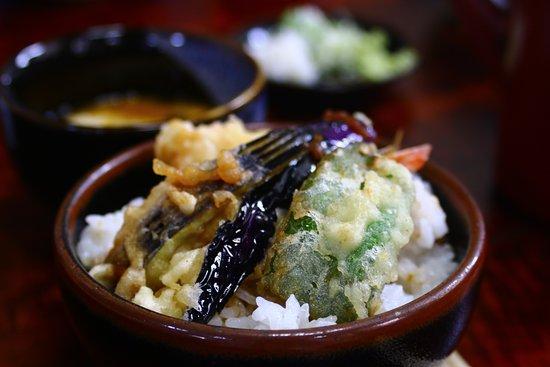 Okaya, Ιαπωνία: ミニ天丼