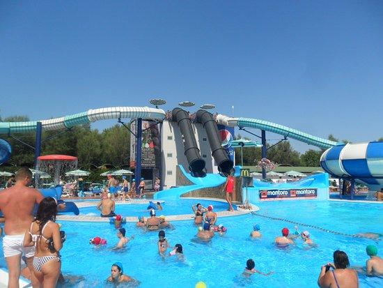 foto 16 - Isola Verde Acqua Park, Pontecagnano Faiano - TripAdvisor