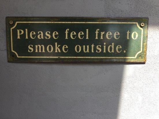 Marielyst, Denmark: For rygere. Dejlig stor overdækket terrasse.