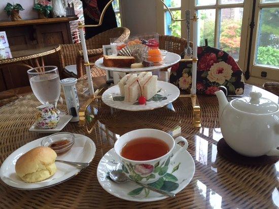 Victorian Rose Tea Room Hours