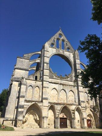 Longpont, Francia: photo0.jpg