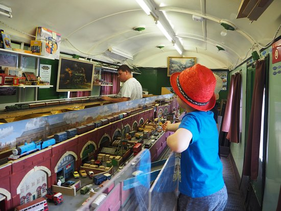 Enfield, UK: Model railway