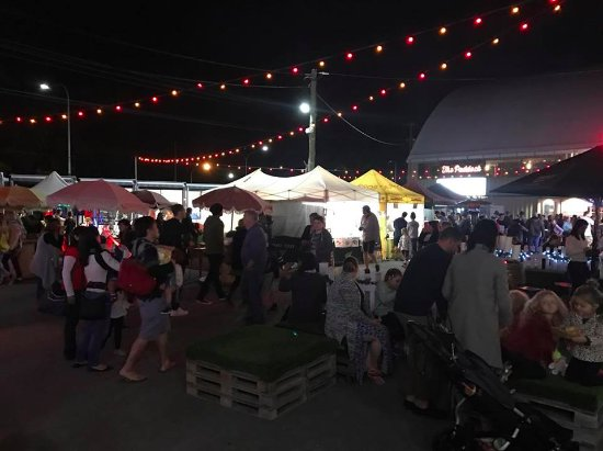 Helensvale, Αυστραλία: A view of the Night Markets.