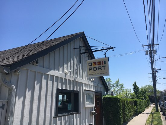 Greenport, NY: PORT Waterfront Bar and Grill