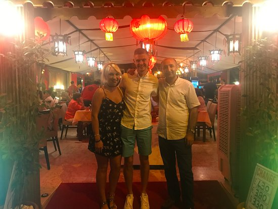 Hong Kong Restaurant: Front of restaurant with member of staff