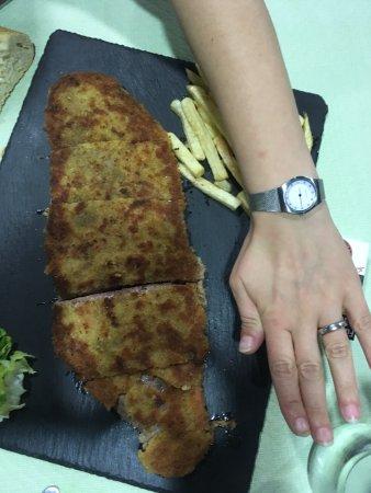 Restaurante Cafe Cares : Cachopo delicioso!!!