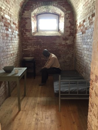 Camden Fort Meagher: A cell