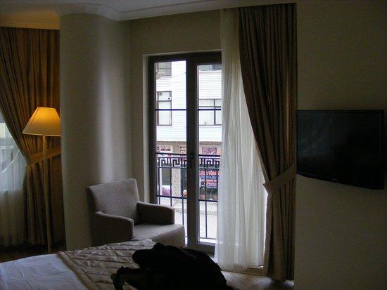 Hotel Room Window : Room window biga palas hotel resmi tripadvisor