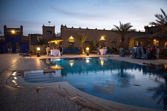 la piscine du ksar Bicha et le repas du soir