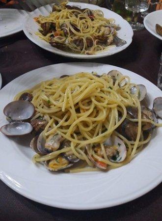 La Vecchia Cucina da Ernesto : Spaghetti alle vongole veraci