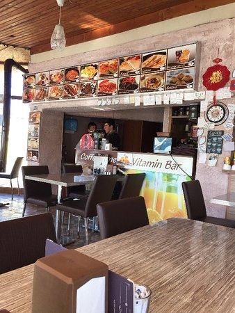 Maccan Cafe Restaurant: getlstd_property_photo