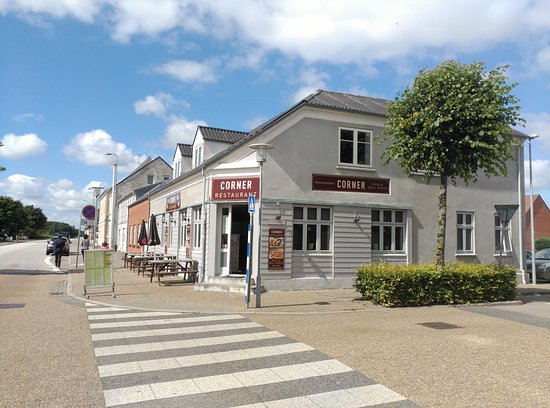 Skjern, Denmark: Corner Restaurant & Pizzaria