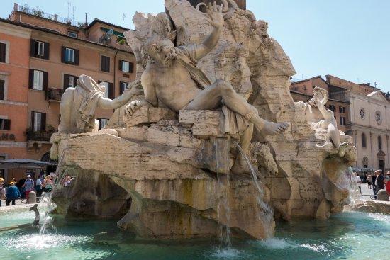四河喷泉照片