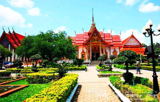 Phuket Taxi Private & Tours: Chalong Temple