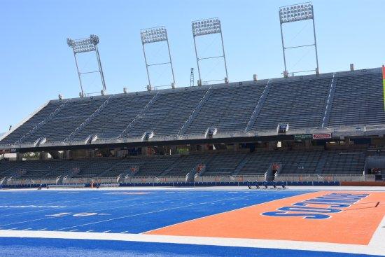 Albertsons Stadium: photo0.jpg