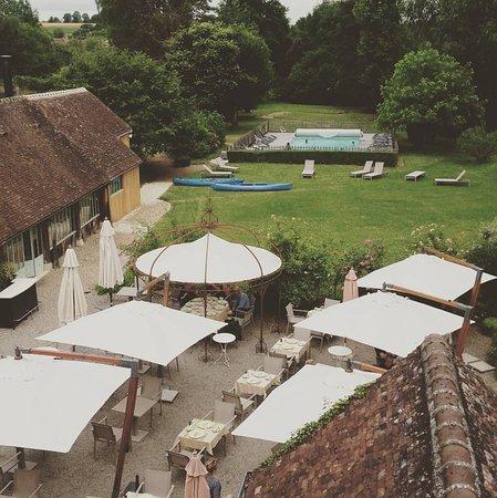Condeau, Francia: Jardin / piscine / terrasse