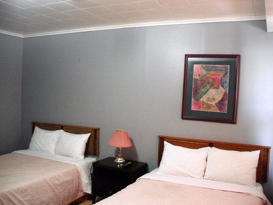 Eastwood Motel