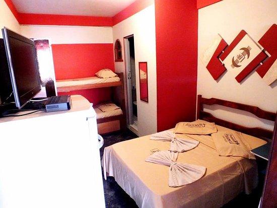 Pousada Praiamar: suite completa preço casal 95,00 e cada hospede extra 35,00 podendo ter até 04 camas extras