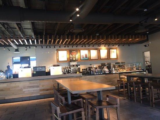new Starbucks on Court Street in Pasco