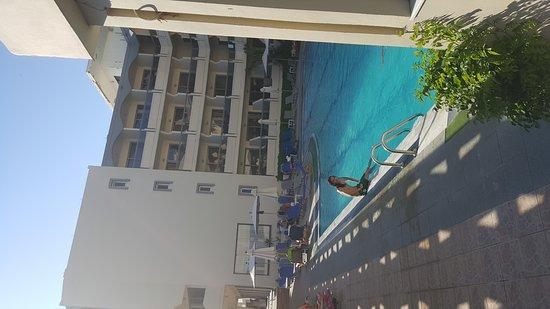 로메니즈 호텔 이미지