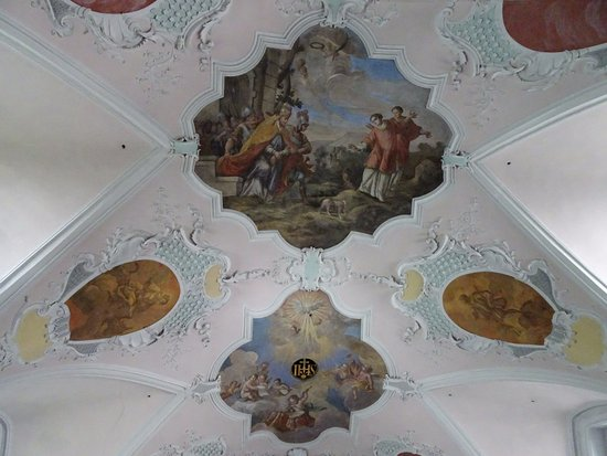 St. Sixtus and Oswald Church: Hand painted ceiling