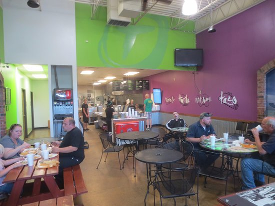 The Tamale Place: Inside view - you clean up after yourselves