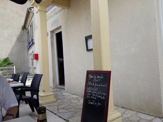 Coutras, Francia: Le menu du marché.