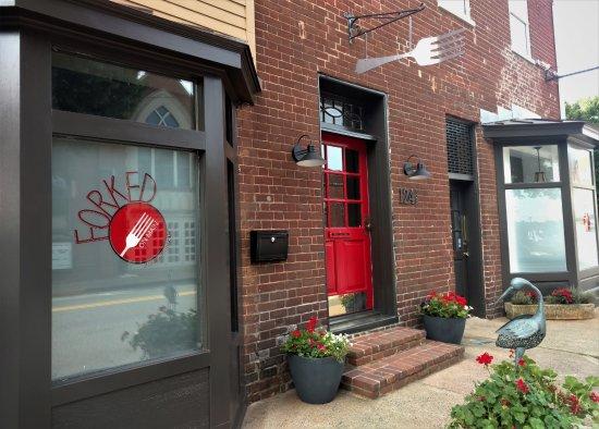 Orange, Wirginia: Front Entrance