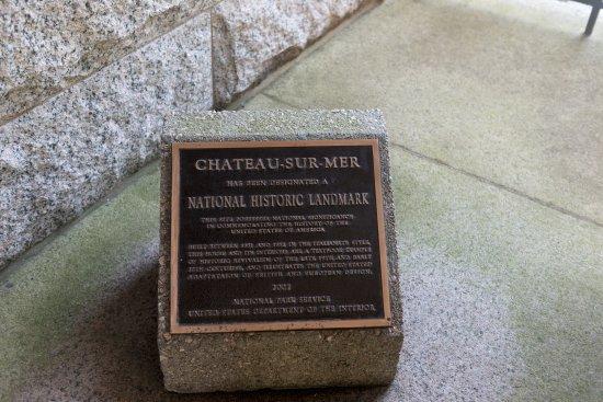 Chateau-sur-Mer: Chateau sur mer