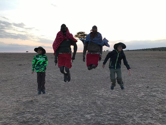 Porini Mara Camp: my kids had a great time! sundowner at Ol Kinyei.