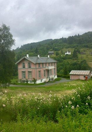 Osteroy Municipality, Norway: Osterøy er vakker 9/7-2017