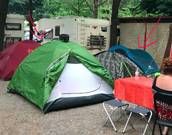 Camping rustia spotorno italien campingplads for Hotel meuble giongo