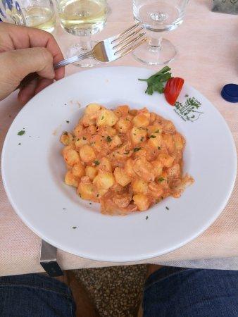Isola Maggiore, Italie : IMG_20170709_125552_large.jpg