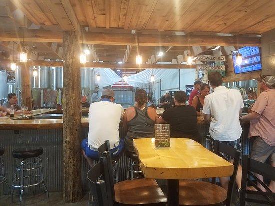 North Mankato, MN: Bar