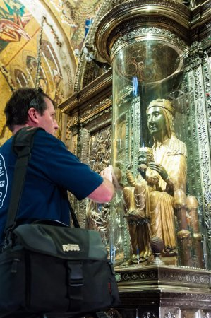 Barcelona Experience: Touching the globe of the treasured Black Madonna at Montserrat