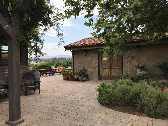 Palumbo Family Vineyards & Winery