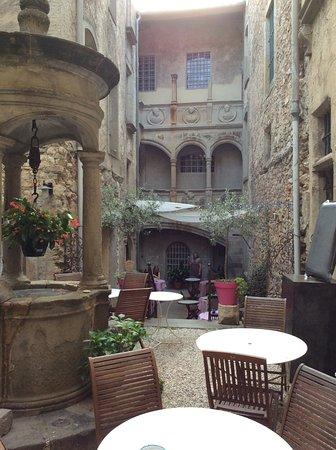 Hotel dAlibert ** - Caunes-Minervois- Ode aan Aude
